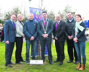 Minister of State Sean Sherlock, Mary Kelly, Chairperson of Racing Home for Easter Festival, John Hurley, Kildorrery,  Mayor of County Cork Cllr John Paul O'Shea, Pat O'Sullivan, Mallow, and Mike Kiely and Noreen O'Halloran from Mitchelstown at the unveiling of a plaque and a tree  planted in honour of organ  donors at Mallow Primary Healthcare Centre last Good Friday as part of the  Racing Home for Easter Festival. Photo by Sean jefferies Photography.